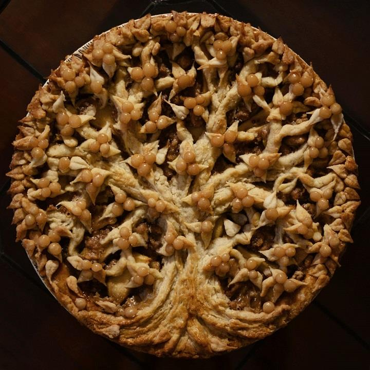 Christine McConnell - tree apple pie