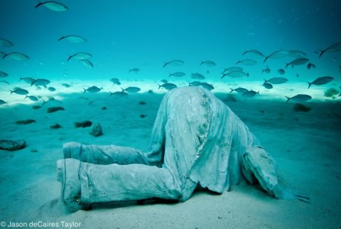 Jason deCaires Taylor Sculpture 2