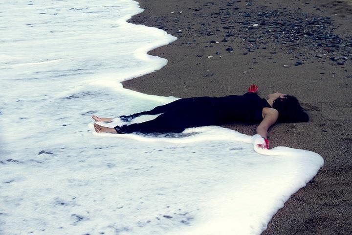 Maria Coma - sand