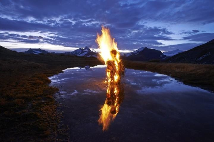 Environmental Sculptures By Martin Hill Feather Of Me