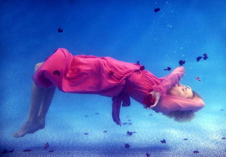 Sarah Ann Loreth - underwater pink dress