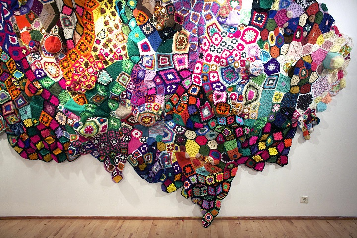 Sarah Applebaum - a colourful wall