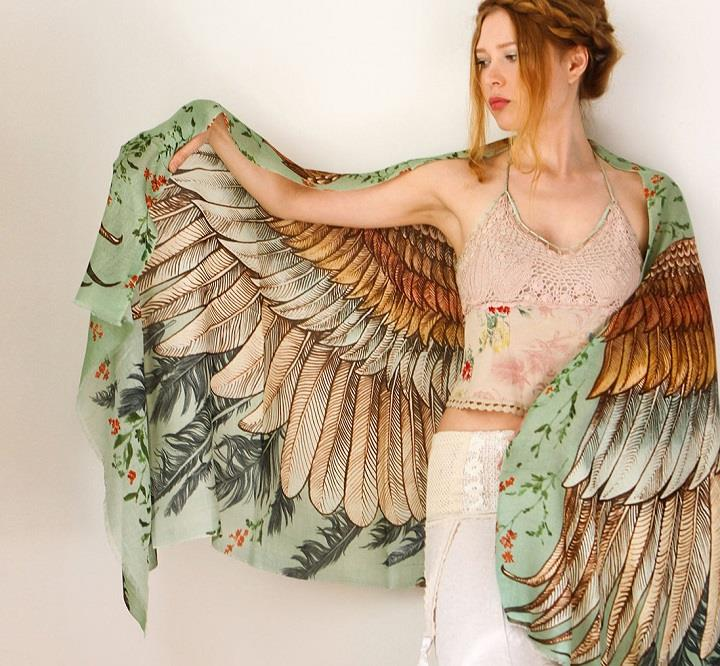 Shovava - Roza Khamitova - wings scarf light colors