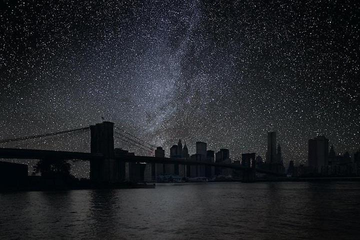 Thierry Cohen - darkened New York
