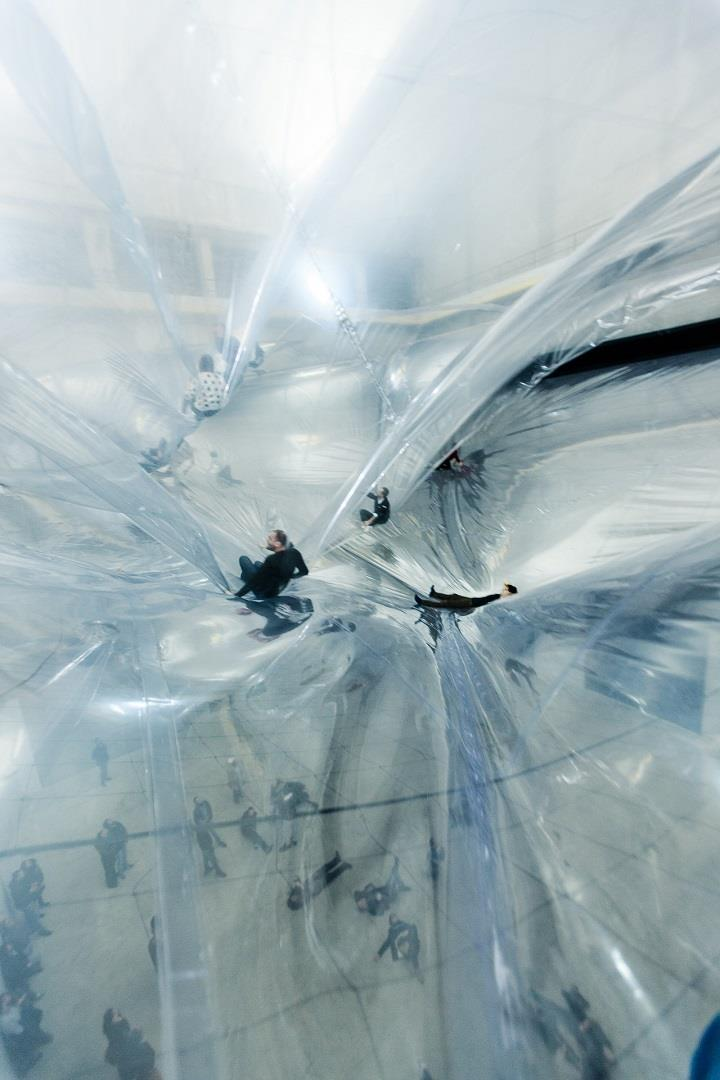 Tomas Saraceno - on space time